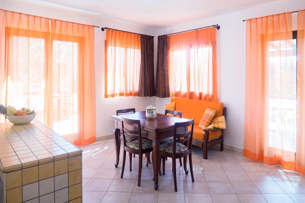 soggiorno e sala pranzo