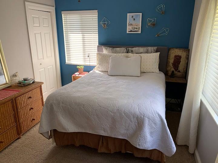 Cozy Bungalow Bedroom