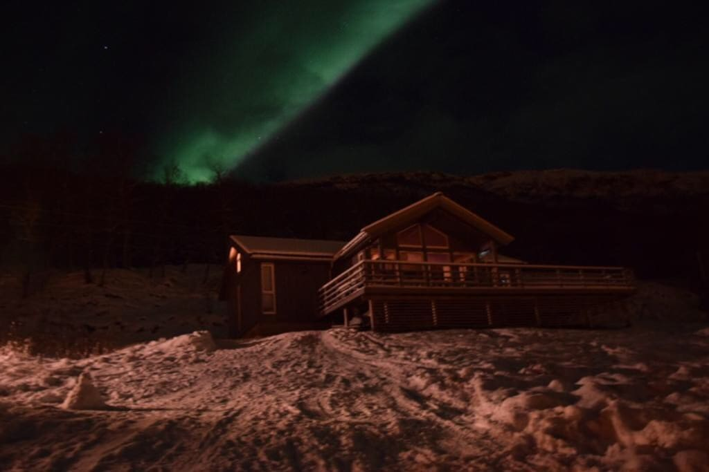 First snow at little Christmas & Aurora over the cabin. Thank's, Pierre