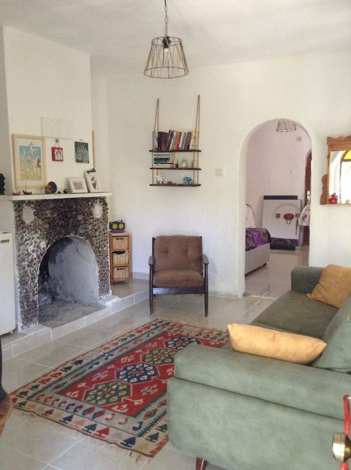 Nature, walking distance to seaside,park and  pubs
