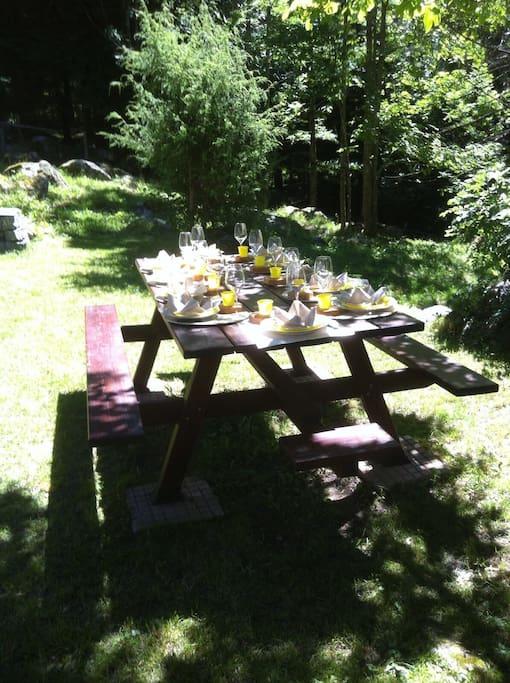 Il  tavolo conviviale