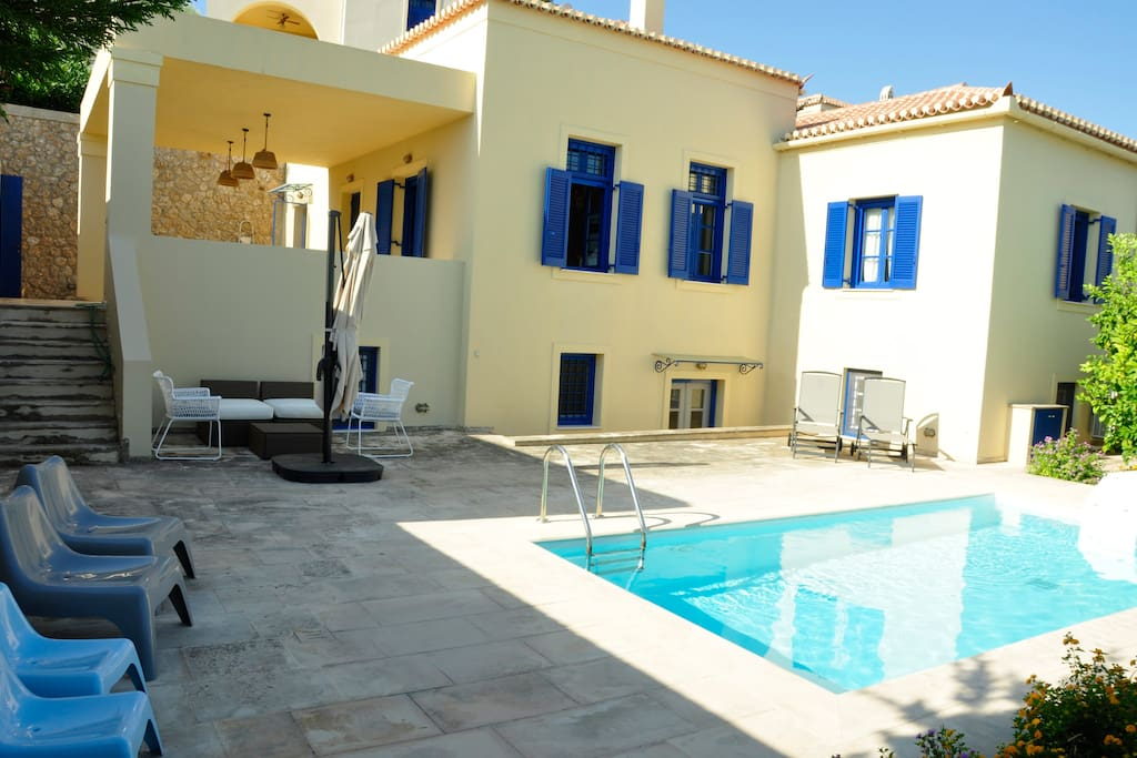 Villa Throumbi - pool