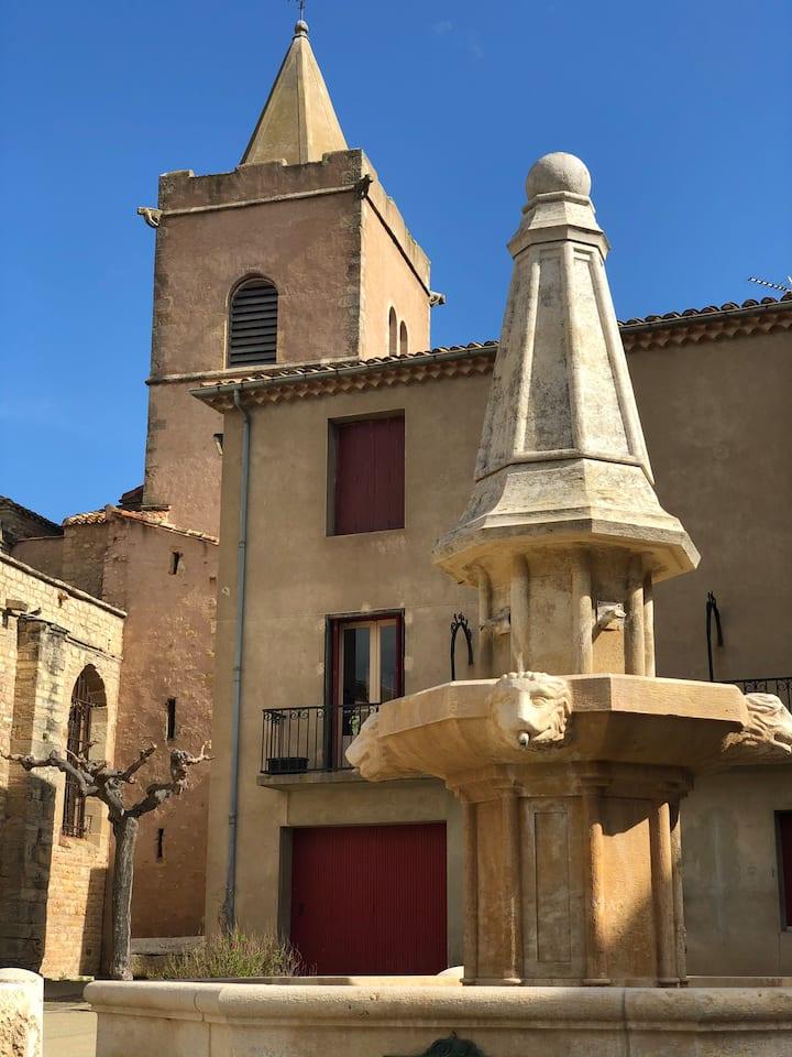 Ancienne maison de vendangeurs au cœur du village