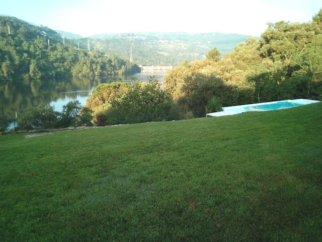 House Olival Rio Douro Valley With Family