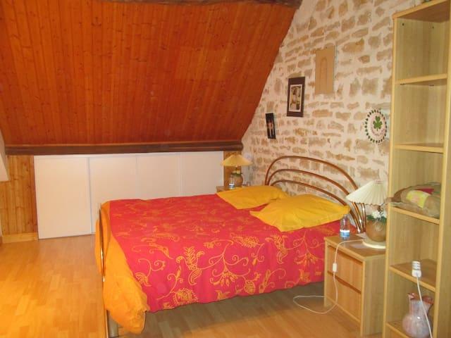 Découvrir Vézelay au calme