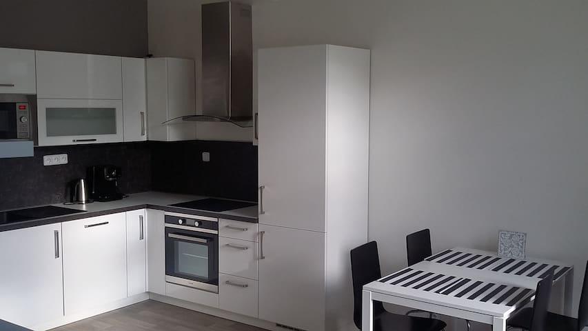 Cozy apartment near the city center (10 min.) - Prag