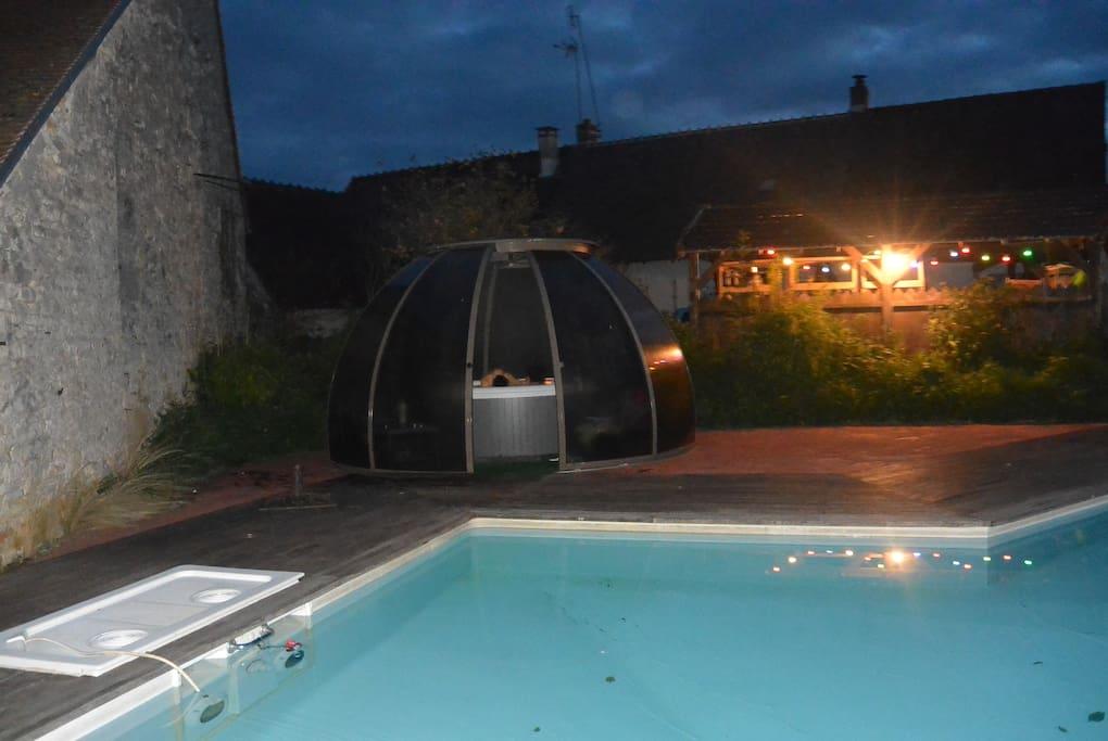 piscine et sa gîte des brunettes