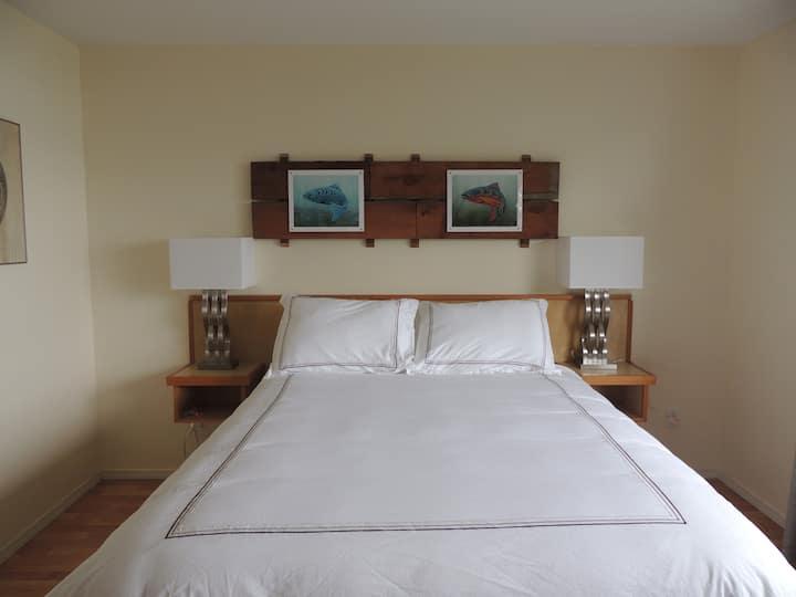 Misty Harbour Inn Harbour View Suite
