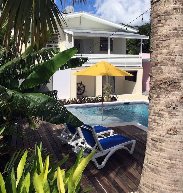 Saltlife 3 - Spacious, modern 3 bed with Pool.