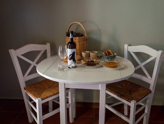 Andreou Winery Guesthouse.Μαγευτική θέα- Ζεν!
