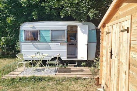 La Caravane des Deux Amants entre Rouen et Giverny
