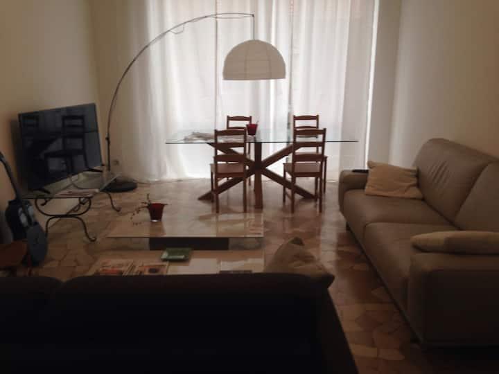 Comfortable room near Rho Fiera Milano.