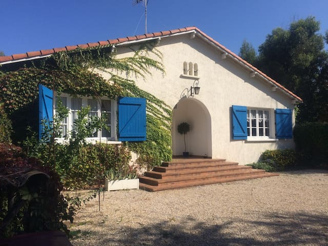 Cottage with Private Pool & WIFI - Grau d'Agde - Dom