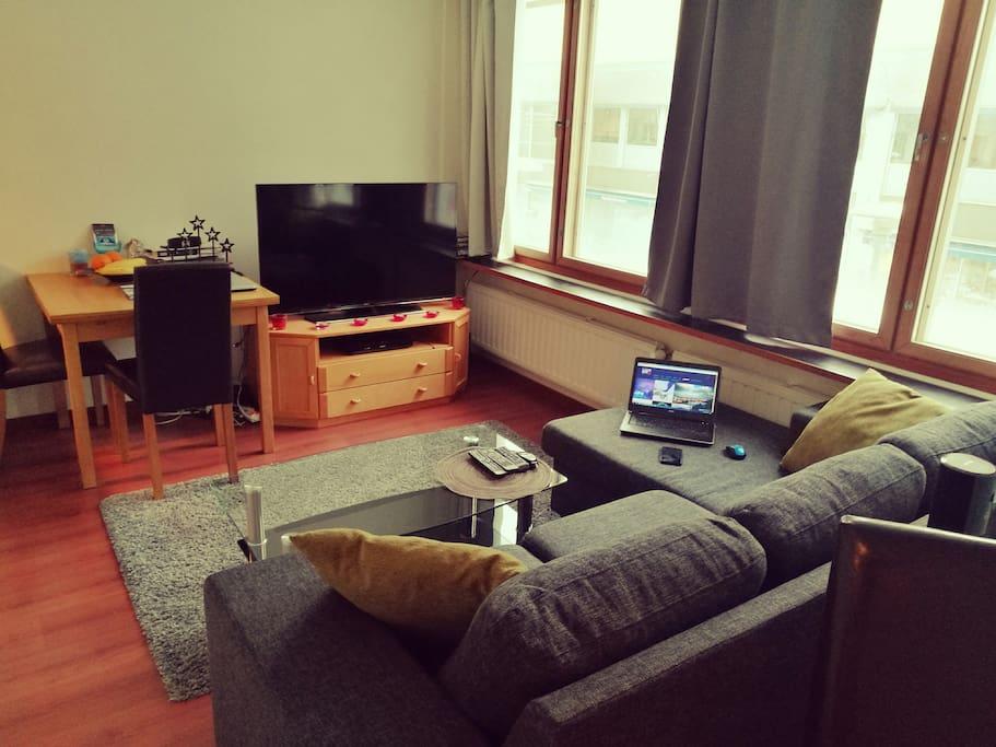 Livingroom: big divancouch, 55' Smart-TV etc.