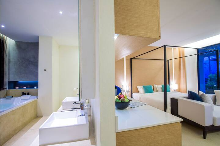 Luxury Sunset Suite with Couple Bath Phang-nga - Boutique-hotell