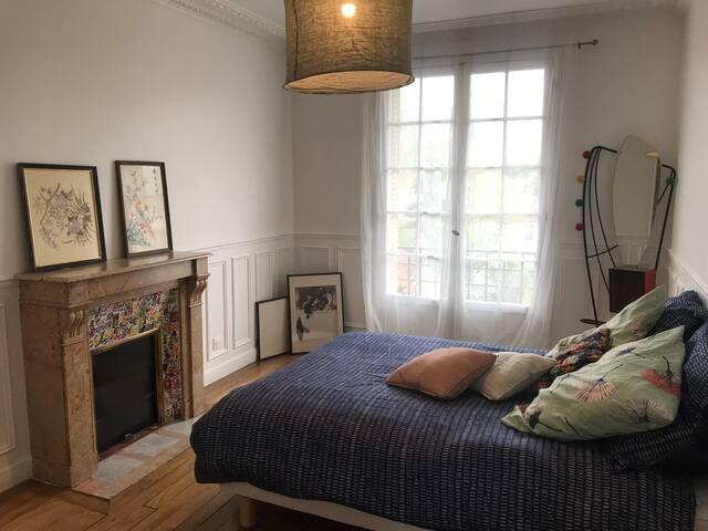 """3 chambres """"cosy"""" 15-20min de Paris en RER D. 60m2"""