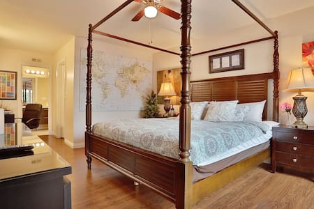 Luxury Gorgeous master bedroom private bath - Diamond Bar - Maison