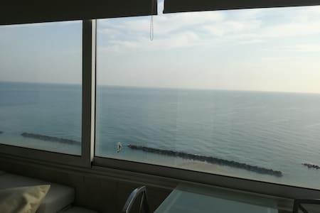Fronte mare, vista spettacolare - Montesilvano - Apartmen