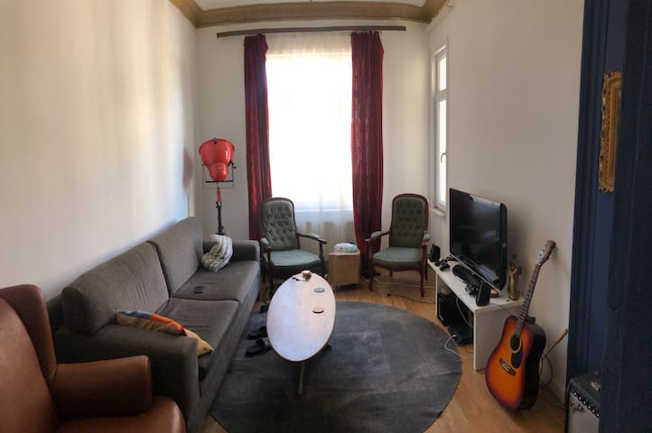 LOOKING FOR A FLATMATE IN BEYOGLU/SISHANE!