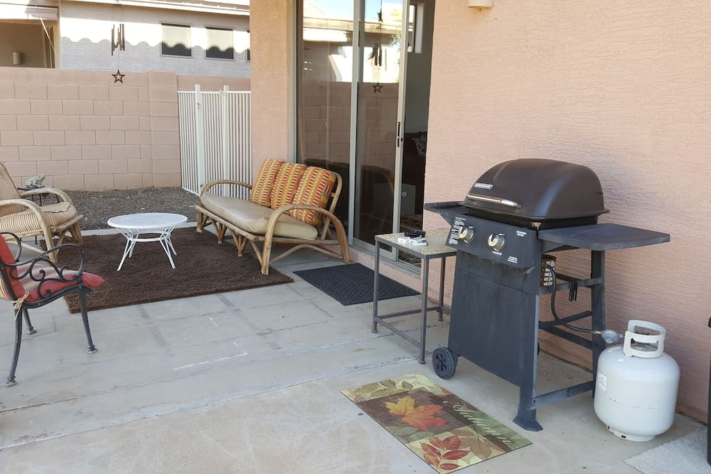 Backyard Patio: Grill, Fire Pit, Plenty of Seating