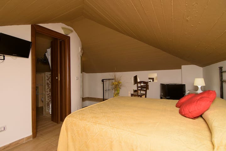 b&b Relais da Clorinda  camera room of lovers - ascea - Bed & Breakfast