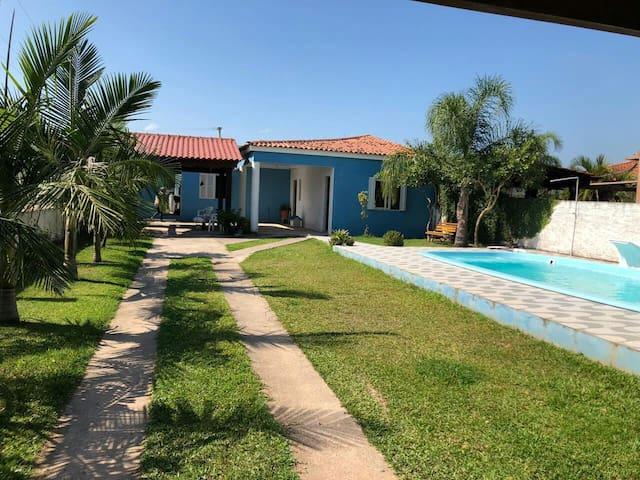 Casa Praia Piscina Churrasqueira e Jardim