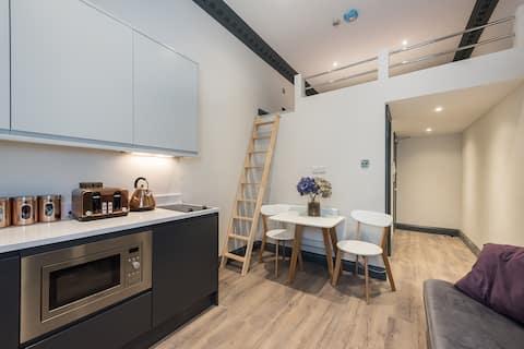 Glorious Notting Hill Studio