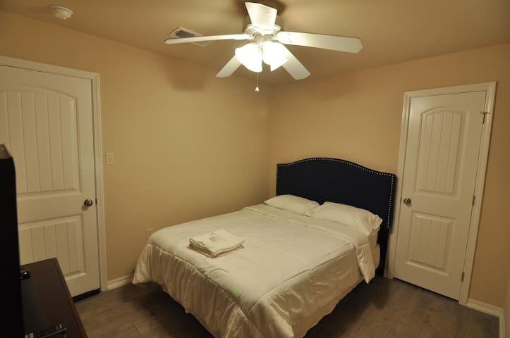 Sagemont Estate: Bedroom 1