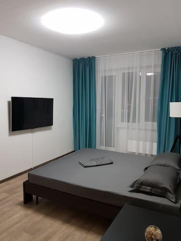 Очень уютная и чистая квартира с видом на озеро