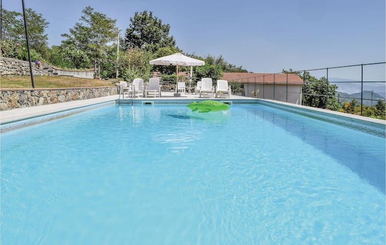 Holiday apartment with 1 bedroom on 47m² in Carro SP