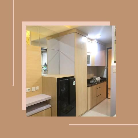 Cozy Studio Apartment @Papilio-Frontage A.Yani
