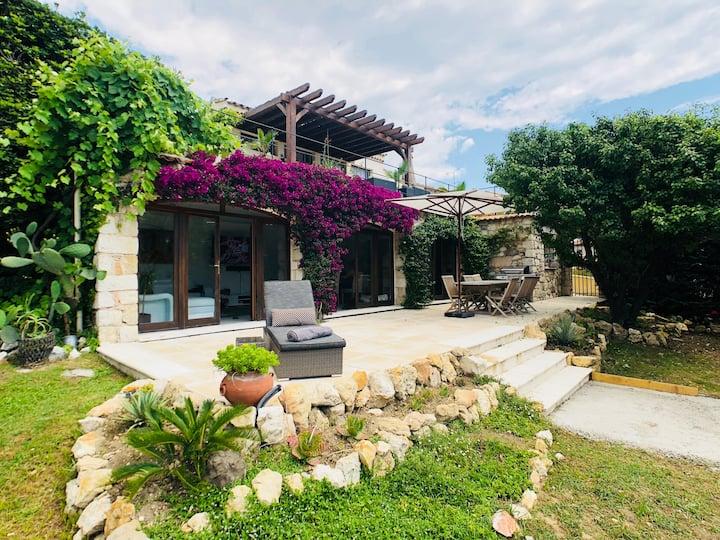 Private Luxury Villa - 2 min walk to Biot Village