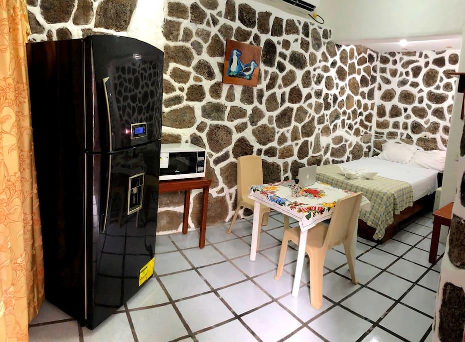 Refrigeradora, Microondas, Wifi