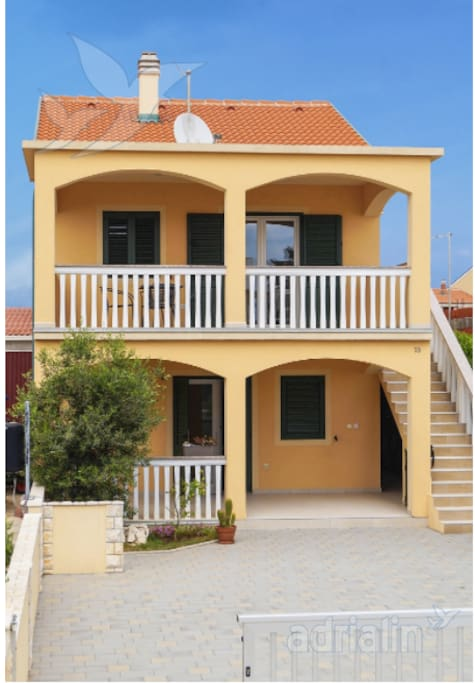 Kuća Dora