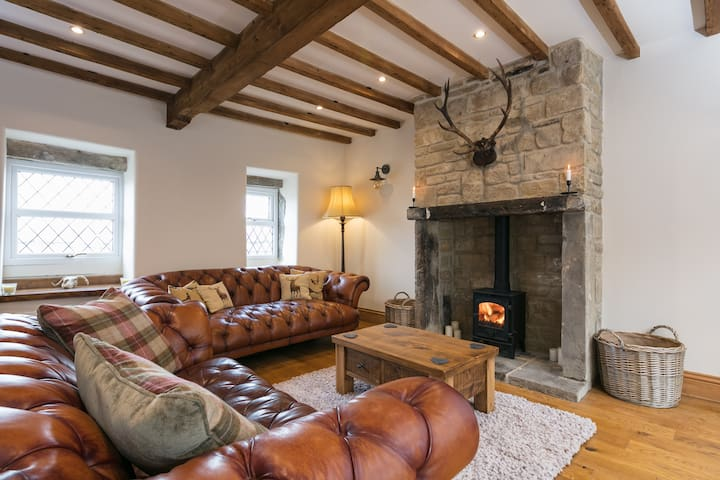 ***Newly Renovated Blackberry Cottage & Log Burner
