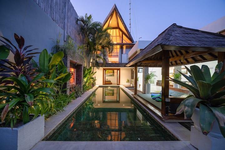 3 Bedroom Villa DISCOUNT WEEKLY MONTHLY!
