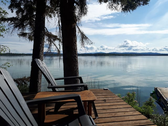 Lakefront Log Home on Sheridan Lake B.C.