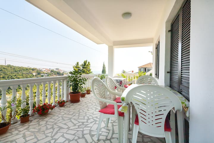 Apartment with beautiful view