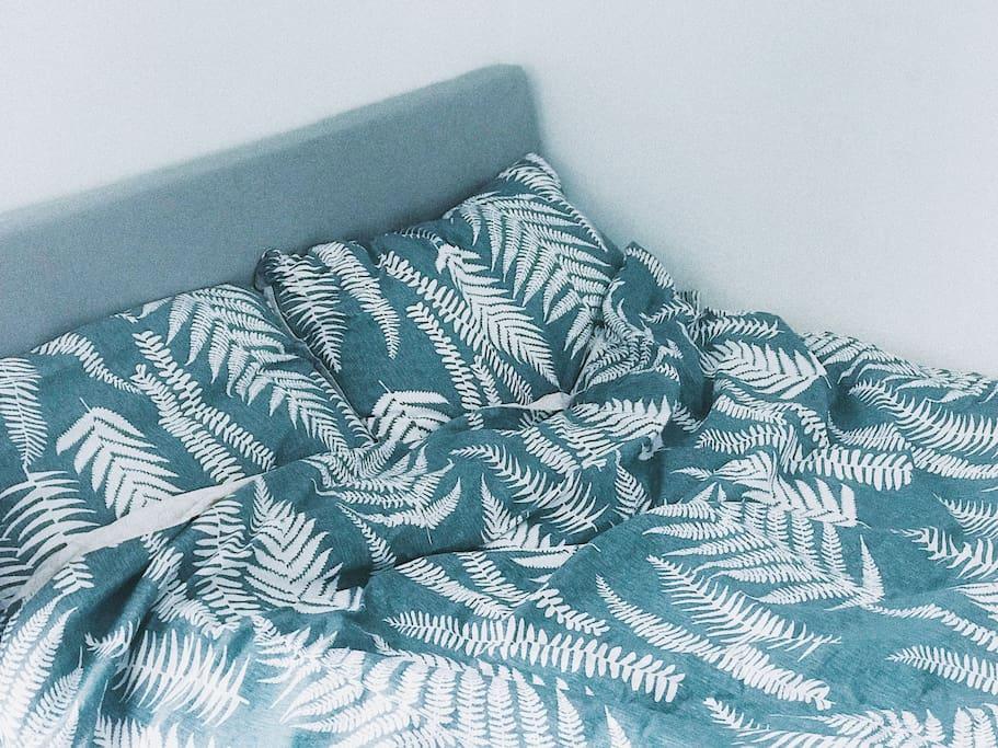 柔软舒适的床