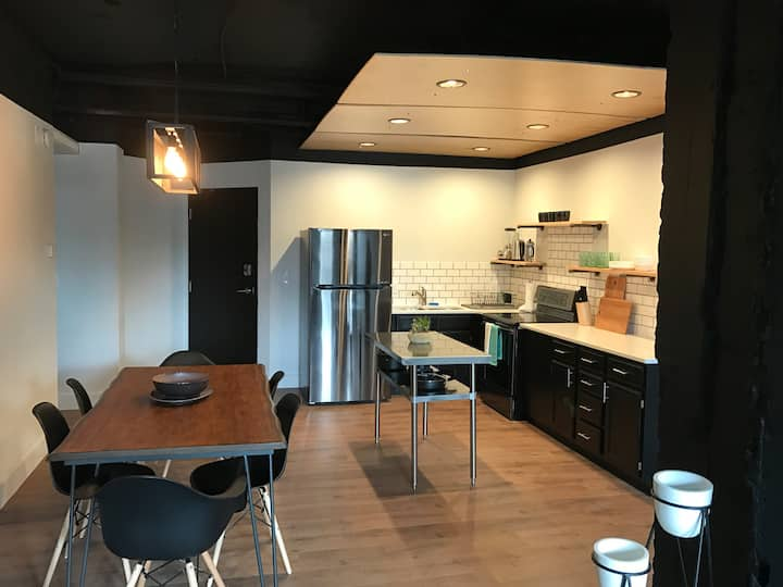 Bridger Commons Loft