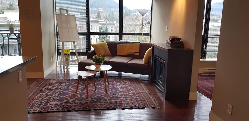 Mountain View Cozy Apartment in City Center