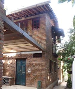 HOUSE IN THE HISTORIC OLD TOWN OF OLINDA - Olinda - Hus