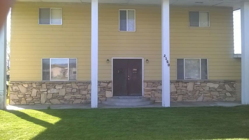 Large home near downtown Eagle, Id. - Eagle - Maison