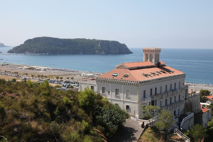 XVI century Fortress with a view - Praia A Mare