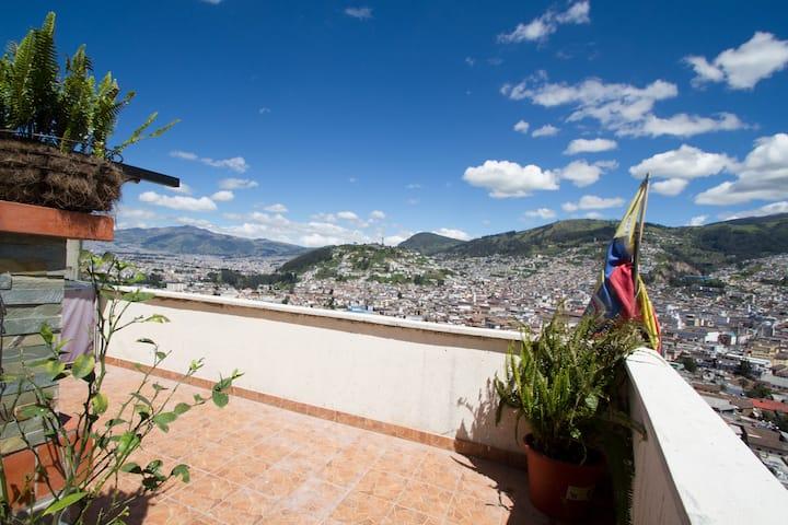 Penthouse Cozy Loft Best Quito View Sunny Terrace