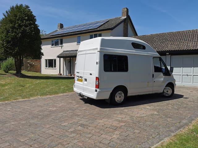 Rex the Adventurer - Campervan Hire