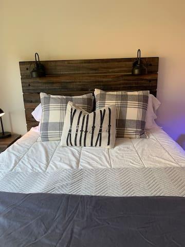Upstairs bedroom- Queen bed
