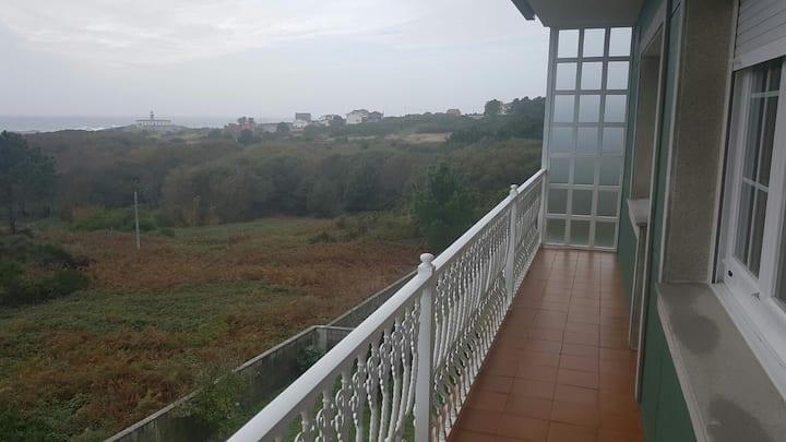 bonito apartamento con vistas al mar en lariño