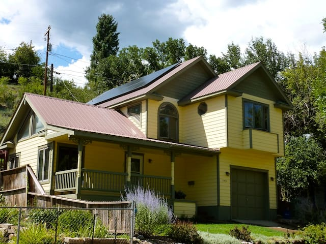 Garden Home: Private Home Downtown Durango