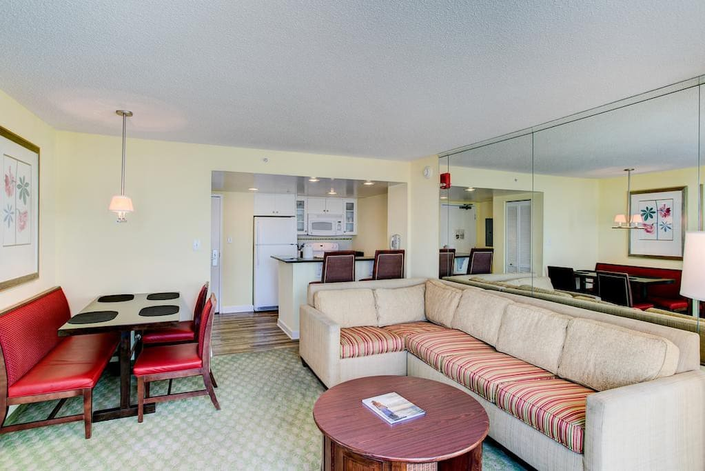 Ocean Beach Club 1 Bedroom Suite Serviced Apartments For Rent In Virginia Beach Virginia